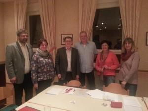 Vertreter von TransnetBW (v.l.) und Vorstandsmitglieder der Freien Wähler Waghäusel (v.R. Anja Blaschke, Birgit Freidel, Martin Schuppler)